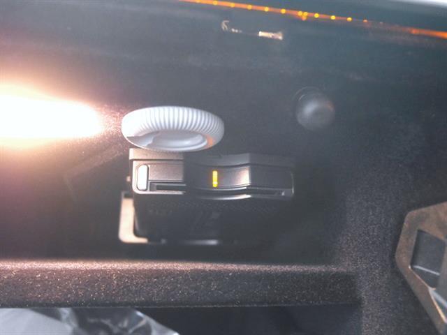 E300ステーションワゴン アバンギャルド AMGスポーツP(5枚目)