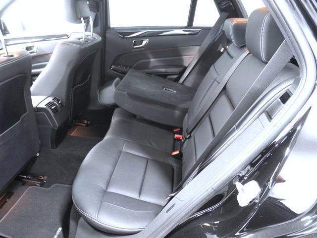 E300ステーションワゴン アバンギャルド AMGスポーツP(15枚目)