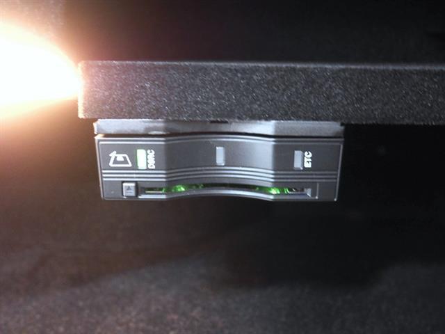 メルセデス・ベンツ M・ベンツ C200 アバンギャルド レーダーセーフティパッケージ