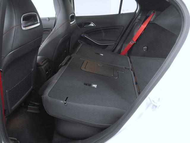 GLA45 4マチック 4年保証 新車保証(13枚目)