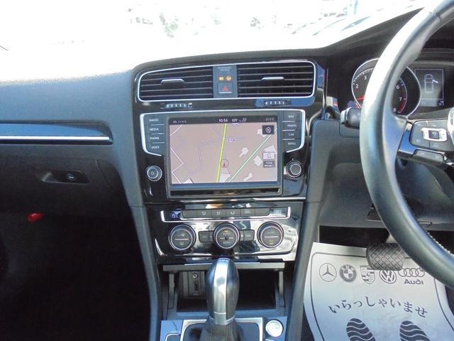 フォルクスワーゲン VW ゴルフ TSIハイラインブルーモーションテクノロジー 純正ナビ