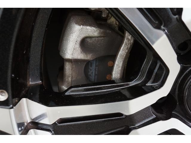 ブレーキダストを減らすDIXCELブレーキパッドを装備!純正に比べダスト排出量を低減し、ホイールの汚れを少なくしてくれます!