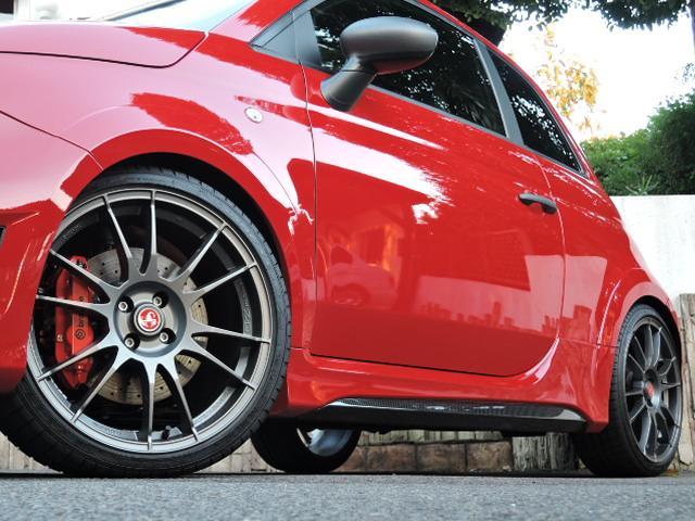 アバルト アバルト アバルト695 ビポスト ベースグレード 世界限定99台 ワンオーナー ディーラー車