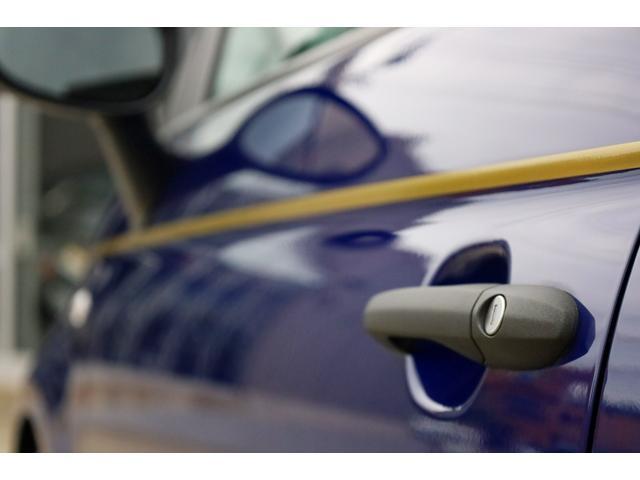 スコルピオーネオーロ 新車並行 5MT LHD 正規未導入カラー AplleCarPlay Beats480Wサウンドシステム 国内未登録(13枚目)