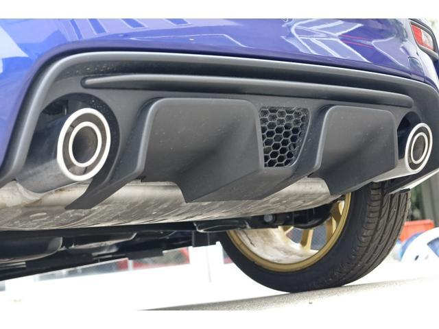 スコルピオーネオーロ 新車並行 5MT LHD 正規未導入カラー AplleCarPlay Beats480Wサウンドシステム 国内未登録(14枚目)