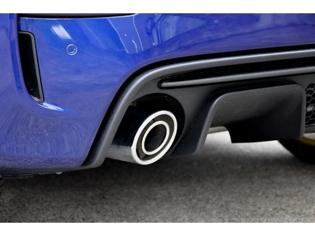 スコルピオーネオーロ 新車並行 5MT LHD 正規未導入カラー AplleCarPlay Beats480Wサウンドシステム 国内未登録(15枚目)