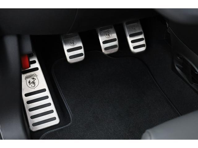 スコルピオーネオーロ 新車並行 5MT LHD 正規未導入カラー AplleCarPlay Beats480Wサウンドシステム 国内未登録(29枚目)
