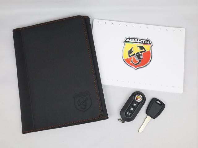 スコルピオーネオーロ 新車並行 5MT LHD 正規未導入カラー AplleCarPlay Beats480Wサウンドシステム 国内未登録(39枚目)
