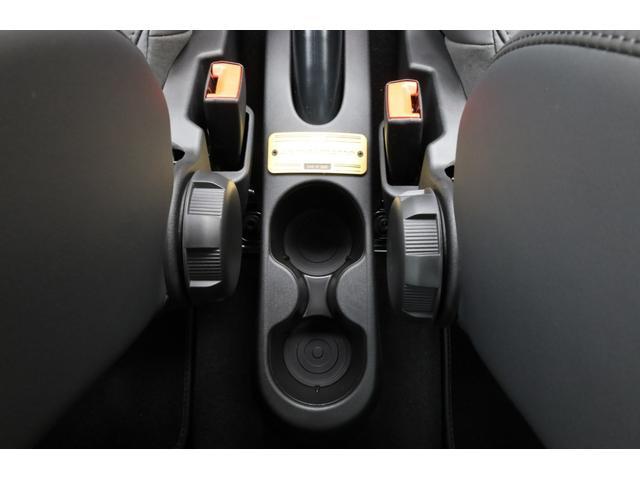 スコルピオーネオーロ 新車並行 5MT LHD 正規未導入カラー AplleCarPlay Beats480Wサウンドシステム 国内未登録(43枚目)