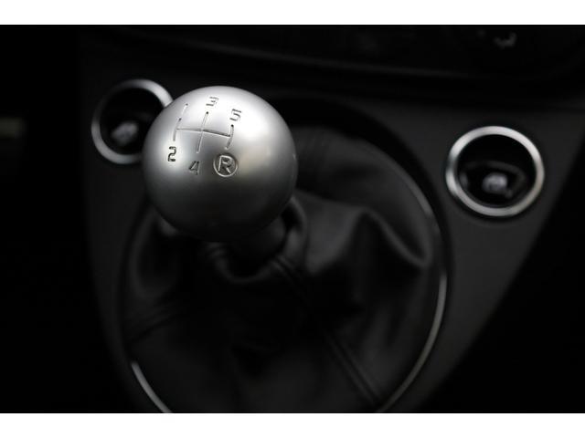 スコルピオーネオーロ 新車並行 5MT LHD 正規未導入カラー AplleCarPlay Beats480Wサウンドシステム 国内未登録(44枚目)