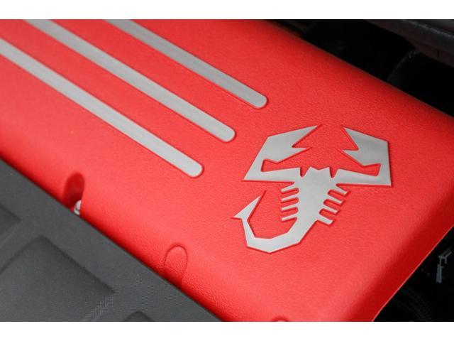 スコルピオーネオーロ 新車並行 5MT LHD 正規未導入カラー AplleCarPlay Beats480Wサウンドシステム 国内未登録(64枚目)