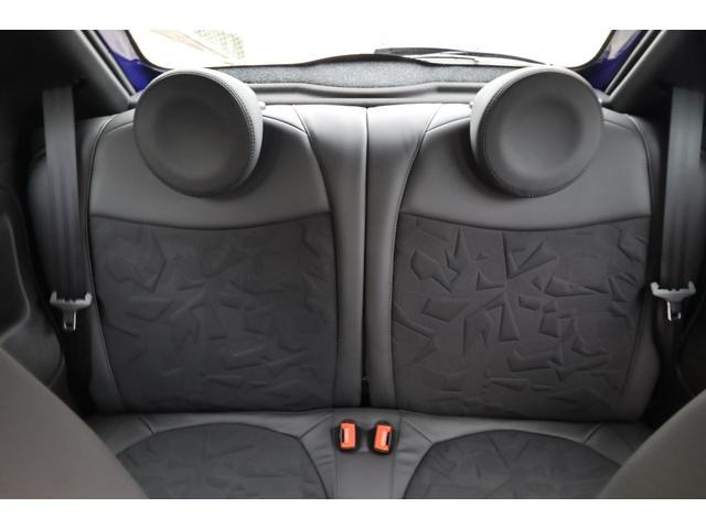 スコルピオーネオーロ 新車並行 5MT LHD 正規未導入カラー AplleCarPlay Beats480Wサウンドシステム 国内未登録(66枚目)