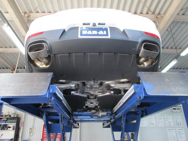 ベースグレード 2014年モデル 屋内ガレージ保管車(4枚目)
