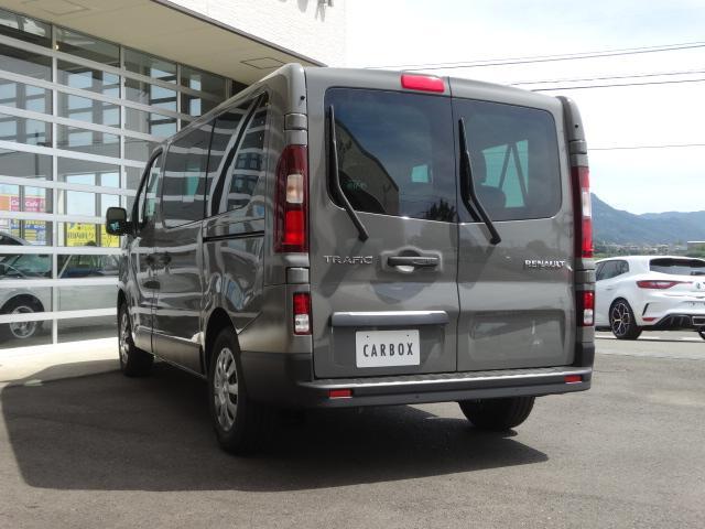 「ルノー」「 トラフィック」「ステーションワゴン」「愛知県」の中古車7