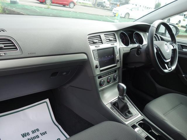 フォルクスワーゲン VW ゴルフヴァリアント TSIコンフォートラインBMT ディスカバープロキセノン