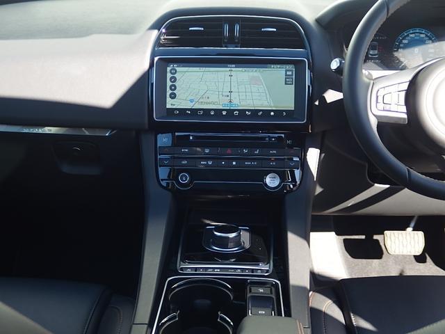 ジャガー ジャガー Fペース 20dプレステージ 4WD 認定中古車