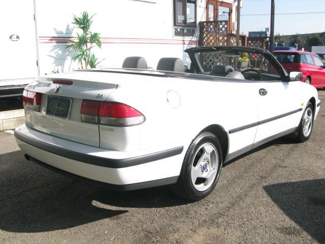 「サーブ」「9-3シリーズ」「オープンカー」「愛知県」の中古車4