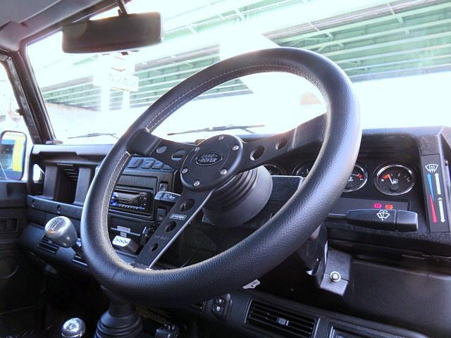 ブラック ピックアップ ディーゼル ディーラー車 18アルミ(6枚目)