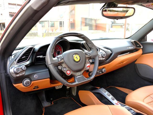 「フェラーリ」「フェラーリ 488スパイダー」「オープンカー」「愛知県」の中古車18