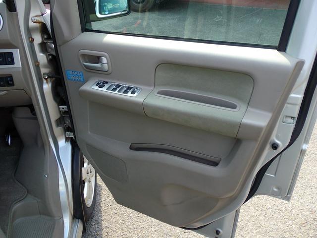 PZターボスペシャル 4WD 左側パワースライドドア(19枚目)