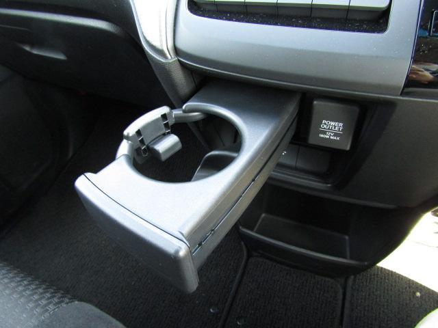 スパーダ ホンダセンシング 純正ナビ オートライトコントロール LEDヘッドライト プラズマクラスターエアコン フロントドライブレコーダー(21枚目)