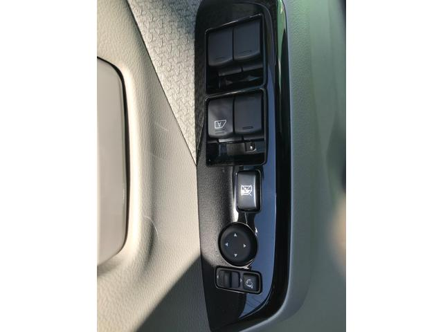 M 4WD 衝突軽減ブレーキ キーレス シートヒーター(7枚目)