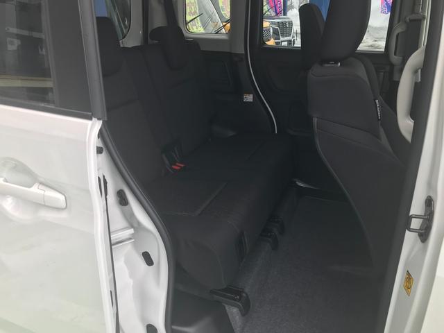 ハイブリッドGS 4WD 左側電動スライドドア クルーズコントロール スマートキー 衝突軽減ブレーキ オートライト アルミホイール シートヒーター 電動格納ミラー(13枚目)