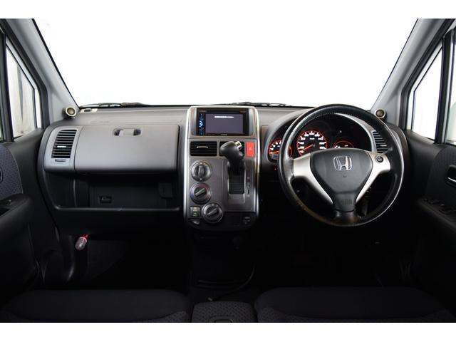AU 4WD 1年保証付 Bカメラ DVD再生 夏冬タイヤ付(2枚目)
