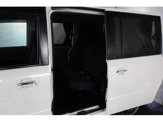 AU 4WD 1年保証付 Bカメラ DVD再生 夏冬タイヤ付(7枚目)