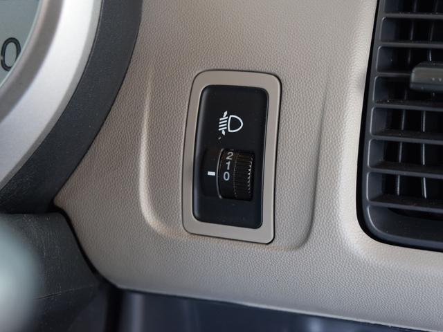4WD 1年保証 夏冬タイヤ付 社外CDオーディオ ミュージックプレイヤー接続可能 ミラーヒーター ライトレベライザー 純正アルミ(38枚目)