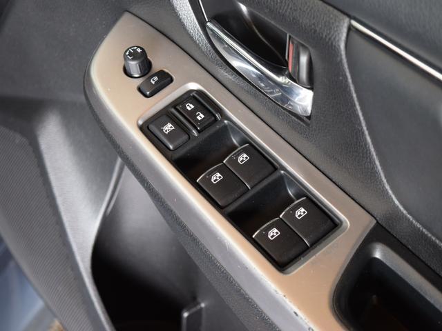 1.6GT-Sアイサイト 4WD 1年保証 夏冬タイヤ付 プッシュスタート パドルシフト フルセグTV SDナビ DVD再生 バックカメラ ETC Bluetooth対応 HID LEDアクセサリーライナー エンジンスターター(51枚目)