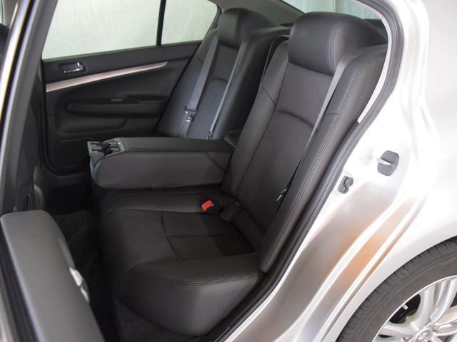 250GT FOUR 4WD 1年保証 夏冬タイヤ付 プッシュスタート フルセグTV HDDナビ DVD再生 Bluetooth対応 ミュージックサーバー ETC サイドバックカメラ HID エンジンスターター(12枚目)