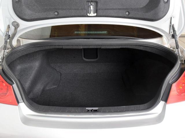 250GT FOUR 4WD 1年保証 夏冬タイヤ付 プッシュスタート フルセグTV HDDナビ DVD再生 Bluetooth対応 ミュージックサーバー ETC サイドバックカメラ HID エンジンスターター(20枚目)