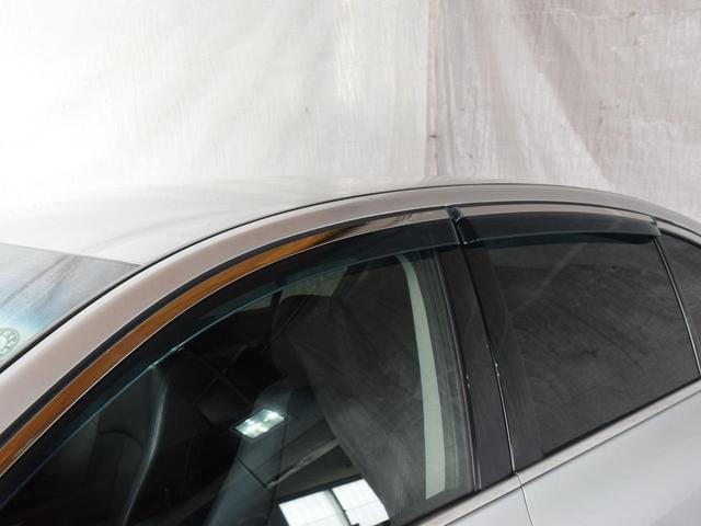 250GT FOUR 4WD 1年保証 夏冬タイヤ付 プッシュスタート フルセグTV HDDナビ DVD再生 Bluetooth対応 ミュージックサーバー ETC サイドバックカメラ HID エンジンスターター(33枚目)