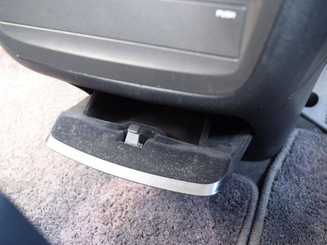 Gエアロ 4WD 寒冷地仕様 夏冬タイヤ付 両側パワスラ 後席モニター フルセグTV HDDナビ DVD再生 ミュージックサーバー バックカメラ ミラーヒーター ワイパーデアイサー エンジンスターター HID(56枚目)