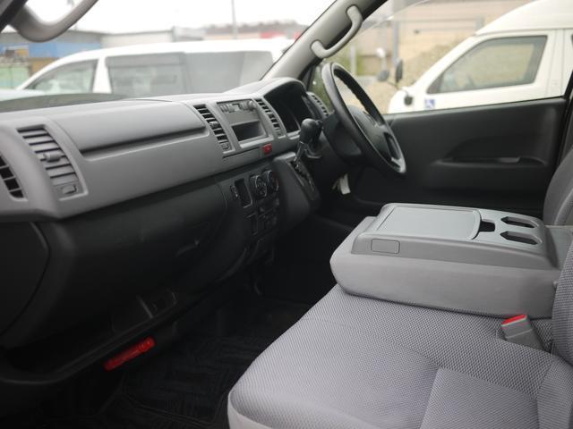 トヨタ レジアスエースバン 福祉車両 車両移動車 スイングアームリフト