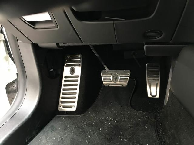 Q4 4WD 黒革 可変バルブ サンルーフ(14枚目)
