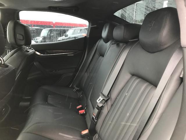 Q4 4WD 黒革 可変バルブ サンルーフ(20枚目)