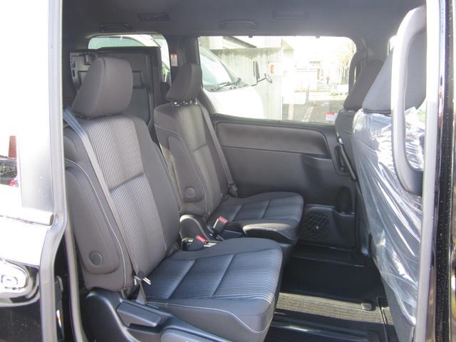 ZS 煌II 4WD 寒冷地仕様 純正SDナビ 両側パワースライドドア スマートキー LEDヘッド 7人乗り(12枚目)