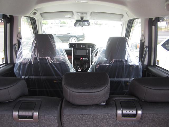 G リミテッドII SAIII 4WD 寒冷地仕様 メモリーナビ フルセグTV DVD再生 アラウンドビューモニター スマートキー 衝突被害軽減システム(13枚目)