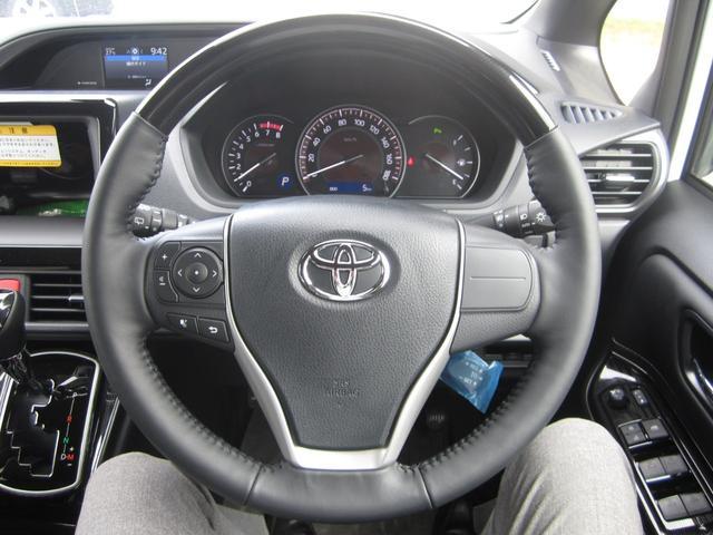 Gi プレミアムパッケージ ブラックテーラード 4WD 寒冷地仕様 トヨタセーフティセンス 両側パワースライドドア ステアリングヒーター シートヒーター クリアランスソナー 7人乗り 登録済未使用車(20枚目)