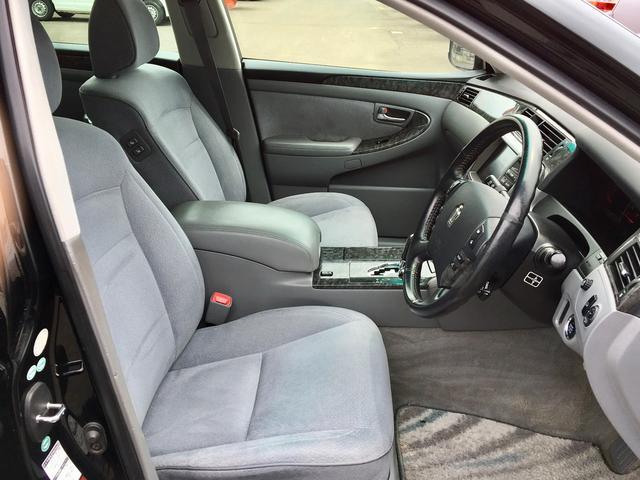 トヨタ クラウン ロイヤルサルーンi-Four 半年保証付 ワンオーナー