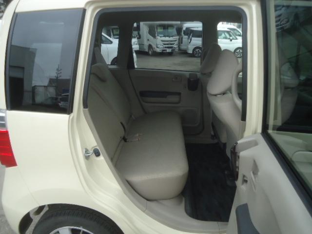 C特別仕様車 コンフォートスペシャル ミラーヒーター UVカットガラス 4速オートマ(12枚目)