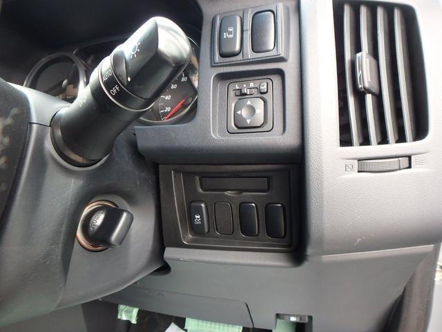 M VSC 左パワードア DVD再生フルセグHDDナビ HID 8人乗り 4WD(29枚目)