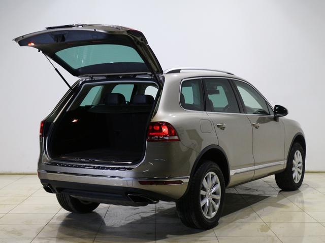 フォルクスワーゲン VW トゥアレグ V6アップグレードパッケージ ブラウンレザー  全方位カメラ