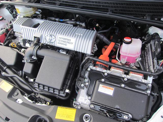 トヨタ プリウス G 1.8 純正8インチSDナビ パワーシート クルコン