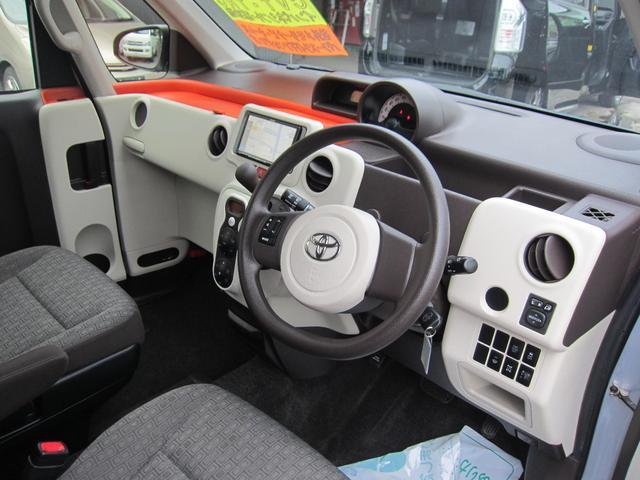 トヨタ ポルテ X 1.5 4WD 社外メモリーナビ パワースライドドア