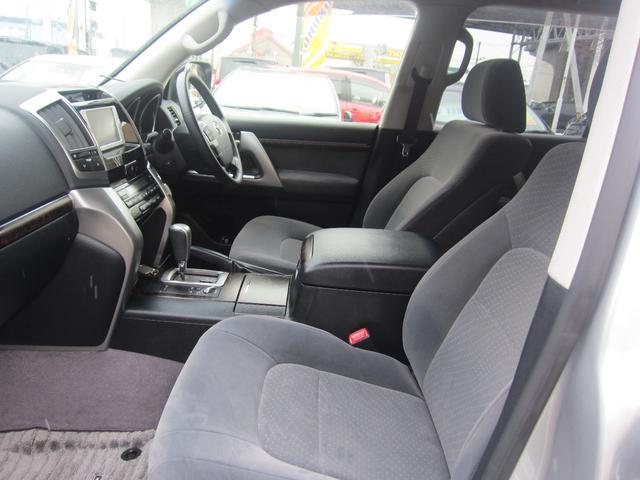 トヨタ ランドクルーザー AX 4.6 4WD 純正メモリーナビ 寒冷地 8人乗