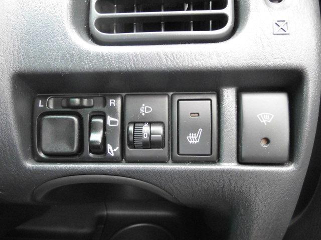 シボレー シボレー クルーズ LT 4WD 専用レザーシート Tベルト不要車
