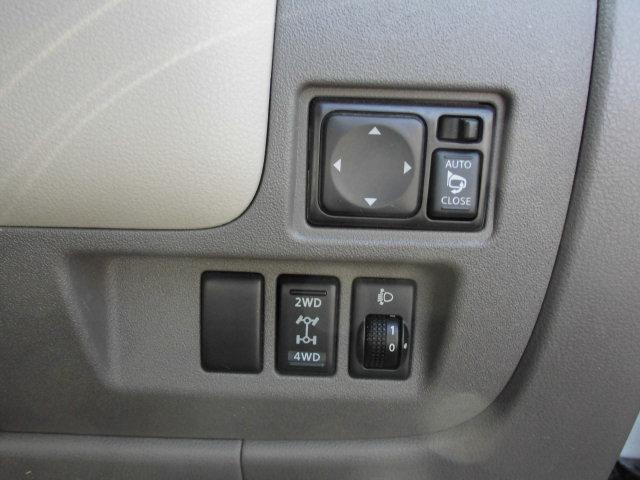 日産 マーチ 12X FOUR 4WD インテリキー プッシュスタート